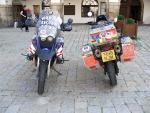 Simon and Monika Newbound auf Weltrekordfahrt